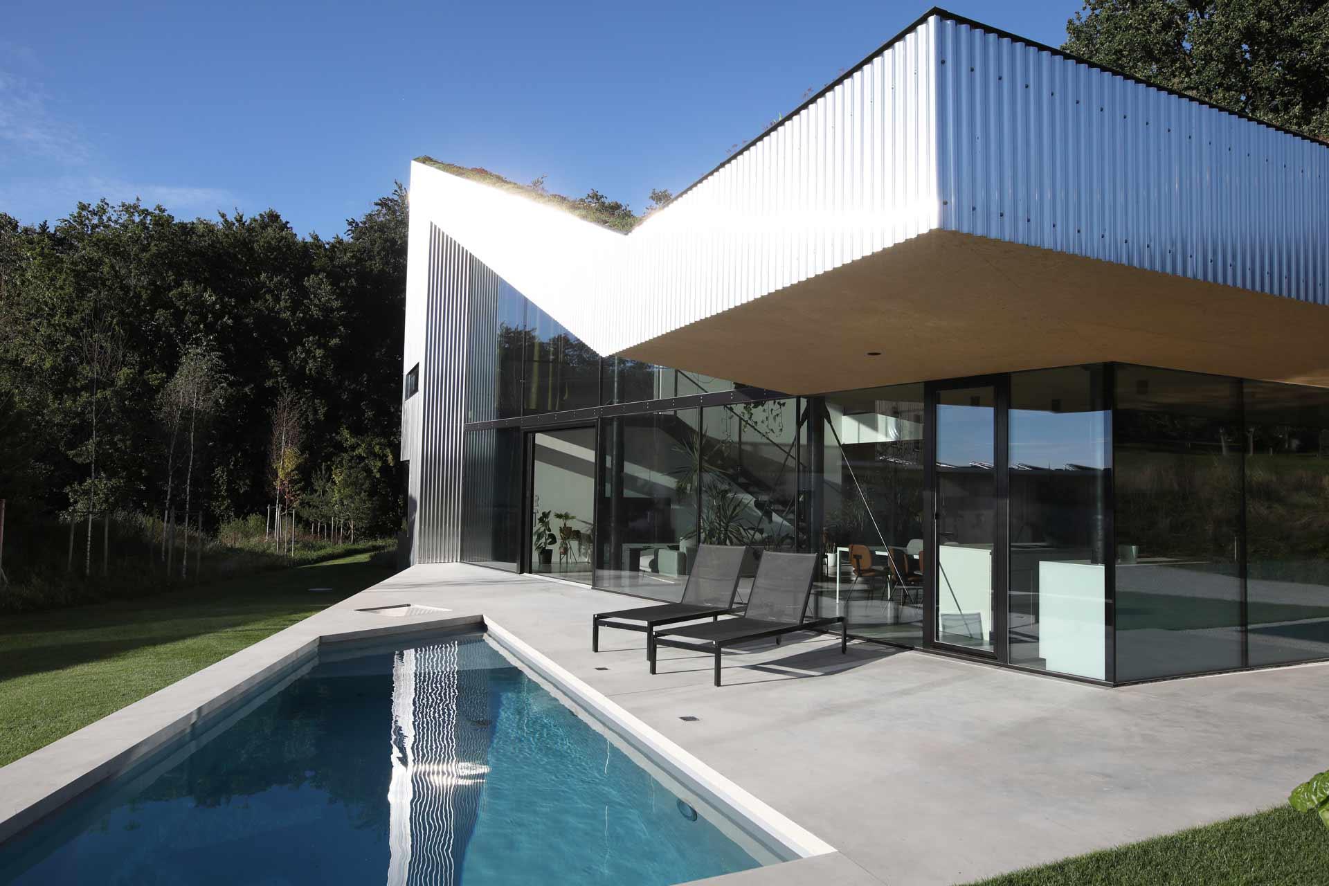 Mitarbeiter finden Architekturbuero Bild: Caramel House Mesh